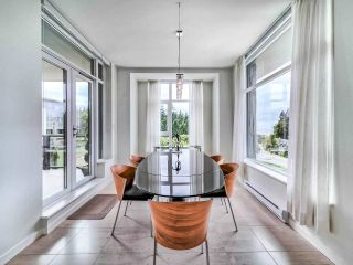 "Photo 14: 305 6093 IONA Drive in Vancouver: University VW Condo for sale in ""Coast"" (Vancouver West)  : MLS®# R2489520"