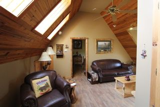 Photo 33: 7823 Squilax Anglemont Road in Anglemont: North Shuswap House for sale (Shuswap)  : MLS®# 10116503