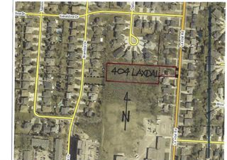 Photo 2: 404 Laxdal Road in Winnipeg: Charleswood Residential for sale (1G)  : MLS®# 202108519