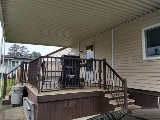 """Photo 13: 41 2120 KING GEORGE Boulevard in Surrey: King George Corridor Manufactured Home for sale in """"Five oaks"""" (South Surrey White Rock)  : MLS®# R2407054"""