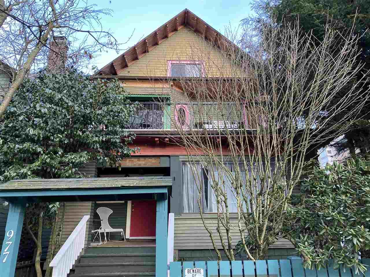 Main Photo: 977 CARDERO Street in Vancouver: West End VW Multifamily for sale (Vancouver West)  : MLS®# R2539033