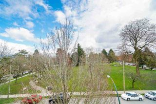 """Photo 17: 2337 BRUNSWICK Street in Vancouver: Mount Pleasant VE Townhouse for sale in """"9 ON THE PARK"""" (Vancouver East)  : MLS®# R2448860"""