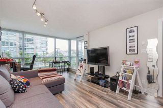 """Photo 2: 607 2978 GLEN Drive in Coquitlam: North Coquitlam Condo for sale in """"GRAND CENTRAL"""" : MLS®# R2302691"""