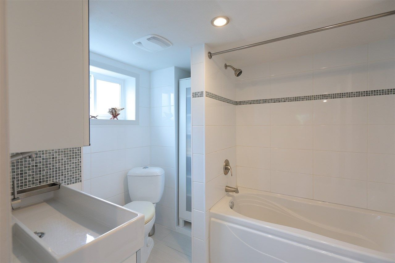 Photo 18: Photos: 1865 E 53RD Avenue in Vancouver: Killarney VE House for sale (Vancouver East)  : MLS®# R2383850