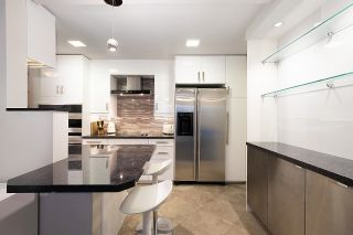 """Photo 11: 204 2335 YORK Avenue in Vancouver: Kitsilano Condo for sale in """"Yorkdale Ville"""" (Vancouver West)  : MLS®# R2619163"""