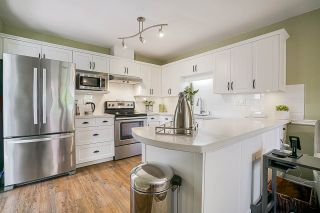 """Photo 11: 34 4740 221 Street in Langley: Murrayville Townhouse for sale in """"EAGLECREST"""" : MLS®# R2554936"""