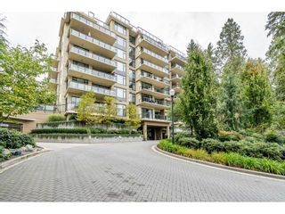 Photo 1: 402 1415 PARKWAY BOULEVARD in Coquitlam: Westwood Plateau Condo for sale : MLS®# R2416229