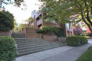 """Photo 2: 6B 766 W 7TH Avenue in Vancouver: Fairview VW Townhouse for sale in """"THE WILLOW COURT"""" (Vancouver West)  : MLS®# V738197"""