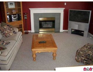 """Photo 3: 7988 REDTAIL Place in SURREY: Bear Creek Green Timbers House for sale in """"Hawkstream"""" (Surrey)  : MLS®# F2623464"""
