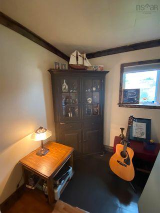 Photo 18: 70 Borden Street in Sydney: 201-Sydney Residential for sale (Cape Breton)  : MLS®# 202121190