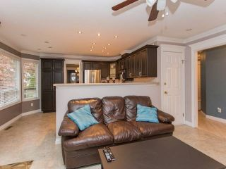 """Photo 10: 113 11266 72 Avenue in Delta: Scottsdale Townhouse for sale in """"CANYON POINTE"""" (N. Delta)  : MLS®# R2023969"""