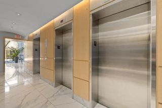 """Photo 3: 708 1495 RICHARDS Street in Vancouver: Yaletown Condo for sale in """"AZURA II"""" (Vancouver West)  : MLS®# R2606162"""