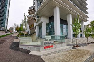 """Photo 2: 4206 1888 GILMORE Avenue in Burnaby: Brentwood Park Condo for sale in """"TRIOMPHE RESIDENCES"""" (Burnaby North)  : MLS®# R2574074"""