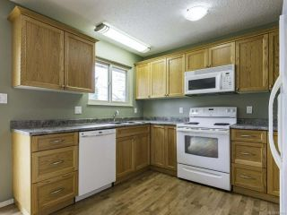 Photo 5: 1446 Dogwood Ave in COMOX: CV Comox (Town of) House for sale (Comox Valley)  : MLS®# 836883