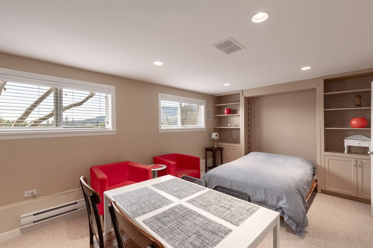 Photo 16: Photos: 4482 RUSKIN PLACE in North Vancouver: Forest Hills NV House for sale : MLS®# R2401876