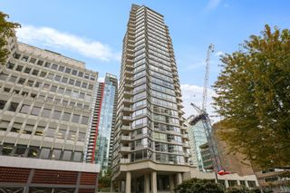 """Main Photo: 704 1228 W HASTINGS Street in Vancouver: Coal Harbour Condo for sale in """"Palladio"""" (Vancouver West)  : MLS®# R2615292"""