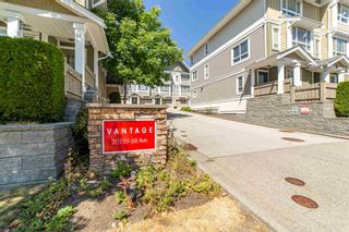 Photo 1: 2 20159 68 Avenue in Langley: Willoughby Heights Townhouse for sale : MLS®# R2605698