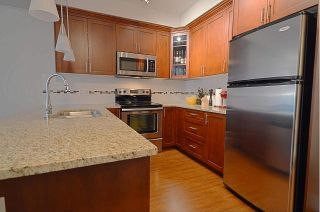 Photo 5: 307 2330 SHAUGHNESSY STREET in Port Coquitlam: Central Pt Coquitlam Condo for sale : MLS®# R2089147