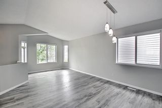 Photo 4: 125 Martin Crossing Way NE in Calgary: Martindale Detached for sale : MLS®# A1117309