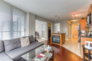 "Photo 17: 808 1155 SEYMOUR Street in Vancouver: Downtown VW Condo for sale in ""BRAVA!!!"" (Vancouver West)  : MLS®# R2508756"