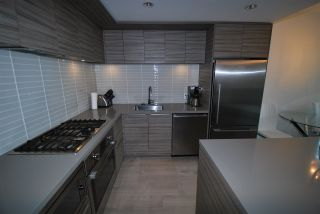 """Photo 5: 203 1550 FERN Street in North Vancouver: Lynnmour Condo for sale in """"Beacon at Seylynn Village"""" : MLS®# R2342729"""