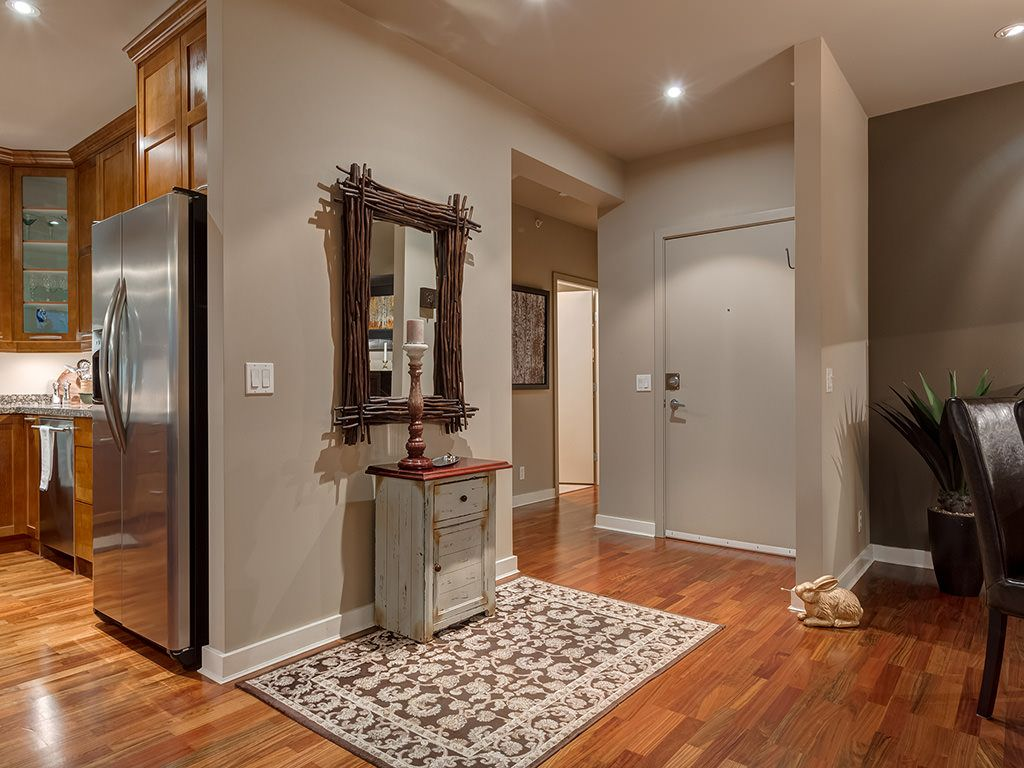 Photo 4: Photos: 306 4108 Stanley Road SW in Calgary: Parkhill_Stanley Prk Condo for sale : MLS®# c4012466