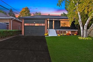 Photo 1: 82 Goswell Road in Toronto: Islington-City Centre West House (Bungalow) for sale (Toronto W08)  : MLS®# W4921124