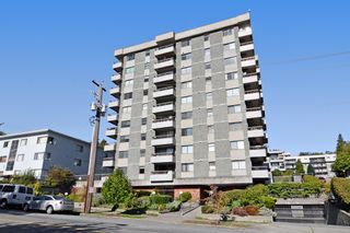"Photo 1: 1004 47 AGNES Street in New Westminster: Downtown NW Condo for sale in ""FRASER HOUSE"" : MLS®# R2114537"