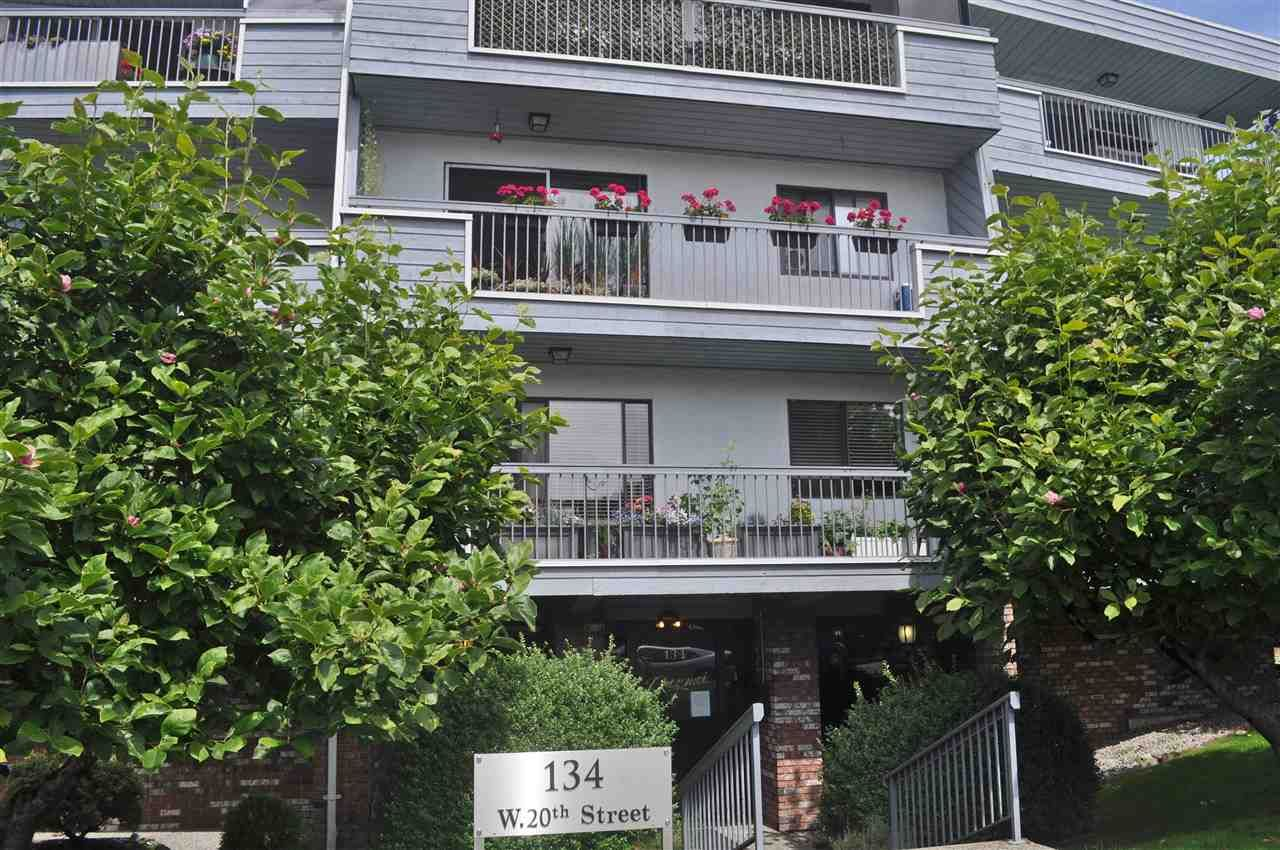 """Main Photo: 106 134 W 20TH Street in North Vancouver: Central Lonsdale Condo for sale in """"CHEZ MOI"""" : MLS®# R2507152"""