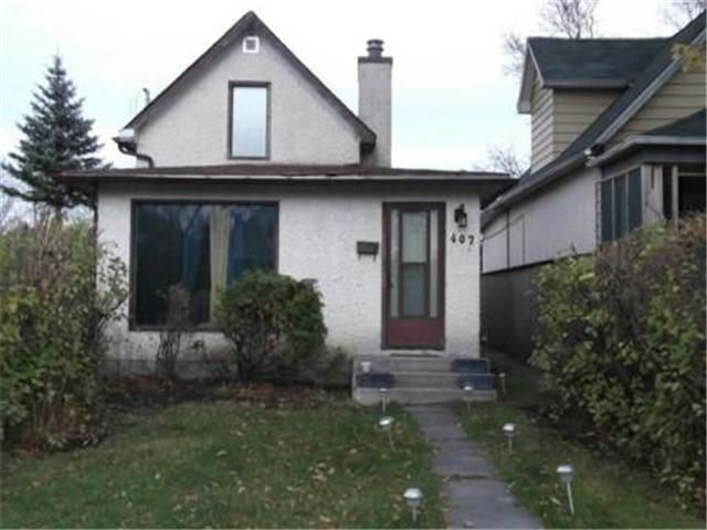 Main Photo: 407 Queen Street: Residential for sale : MLS®# 1121958