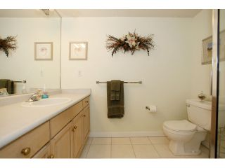 """Photo 16: 105 20240 54A Avenue in Langley: Langley City Condo for sale in """"Arbutus Court"""" : MLS®# F1315776"""
