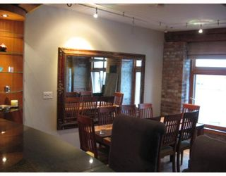 """Photo 3: 518 BEATTY Street in Vancouver: Downtown VW Condo for sale in """"STUDIO 518 BEATTY"""" (Vancouver West)  : MLS®# V634841"""