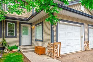 Photo 1: 143 Stonemere Place: Chestermere Row/Townhouse for sale : MLS®# A1132004