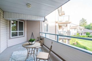 """Photo 5: 212 22150 48 Avenue in Langley: Murrayville Condo for sale in """"Eaglecrest"""" : MLS®# R2508991"""