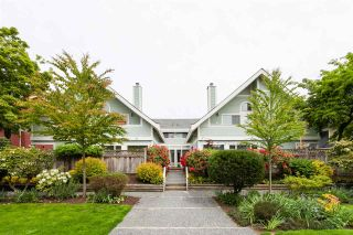 Photo 2: 821 W 14TH Avenue in Vancouver: Fairview VW Townhouse for sale (Vancouver West)  : MLS®# R2591551