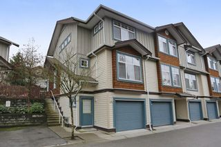 "Photo 1: 20 16588 FRASER Highway in Surrey: Fleetwood Tynehead Townhouse for sale in ""CASTLE PINES"" : MLS®# R2147549"