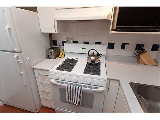 "Photo 9: 402 688 E 16TH Avenue in Vancouver: Fraser VE Condo for sale in ""VINTAGE EASTSIDE"" (Vancouver East)  : MLS®# V833214"