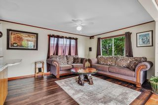 Photo 3: 8 2705 N Island Hwy in : CR Campbell River North Manufactured Home for sale (Campbell River)  : MLS®# 884406