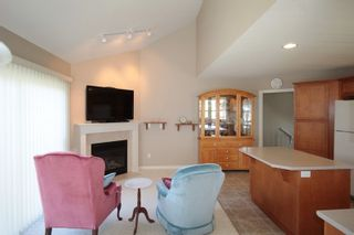 "Photo 9: 5 16995 64 Avenue in Surrey: Cloverdale BC Townhouse for sale in ""Lexington"" (Cloverdale)  : MLS®# R2159340"