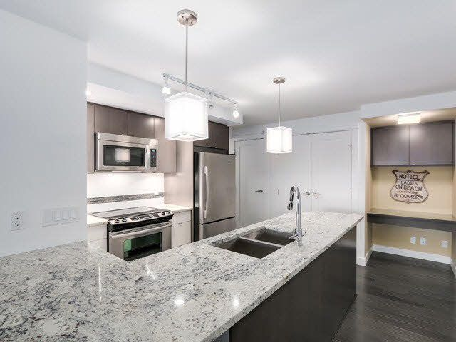 "Photo 7: Photos: 202 14955 VICTORIA Avenue: White Rock Condo for sale in ""SAUSALITO BEACH SIDE LIVING"" (South Surrey White Rock)  : MLS®# F1429658"