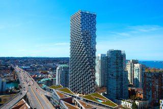 """Main Photo: 3201 1480 HOWE Street in Vancouver: Yaletown Condo for sale in """"VANCOUVER HOUSE"""" (Vancouver West)  : MLS®# R2627666"""