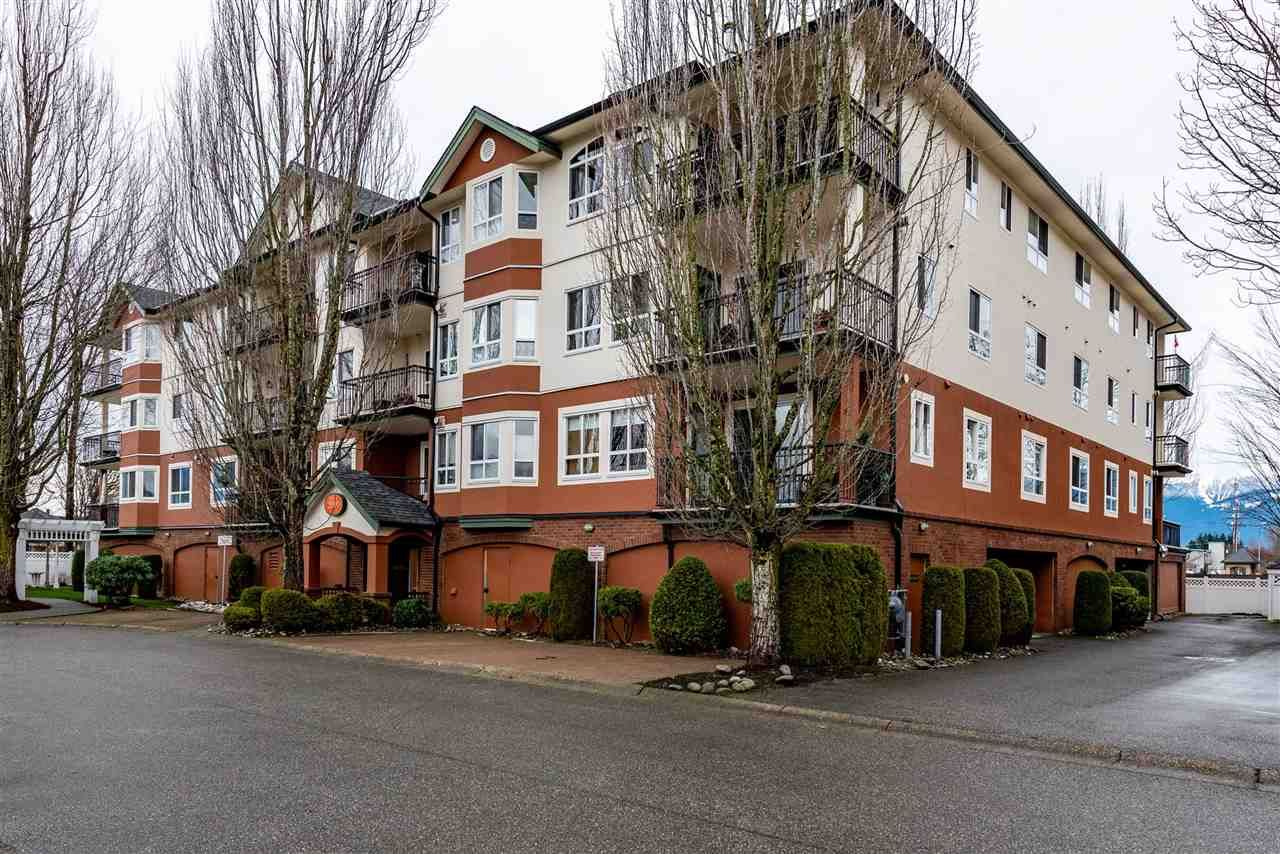 Main Photo: 2208 8485 YOUNG Road: Condo for sale in Chilliwack: MLS®# R2527985