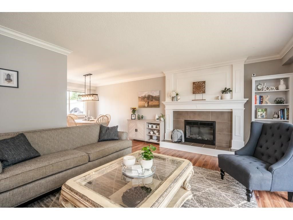 Photo 4: Photos: 32093 SANDPIPER Drive in Mission: Mission BC House for sale : MLS®# R2588043