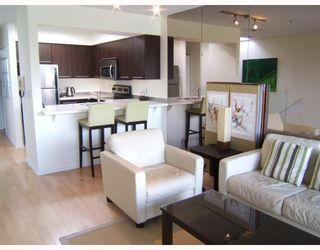"""Photo 6: 7 973 W 7TH Avenue in Vancouver: Fairview VW Townhouse for sale in """"FAIRVIEW"""" (Vancouver West)  : MLS®# V748491"""