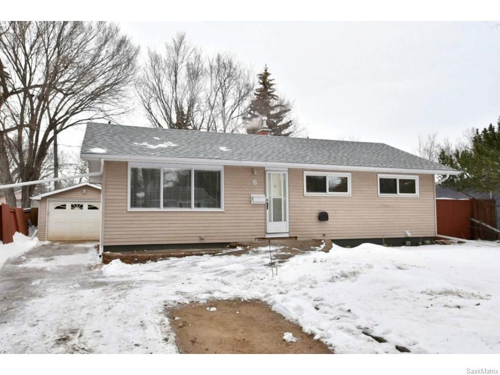 Main Photo: 6 CATHEDRAL Drive in Regina: Whitmore Park Single Family Dwelling for sale (Regina Area 05)  : MLS®# 601369