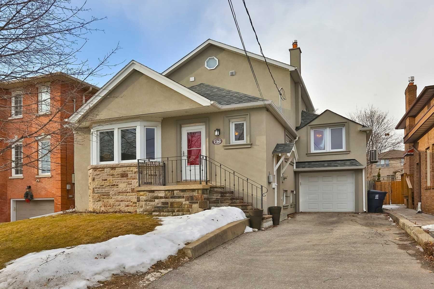 Main Photo: 736 Glencairn Avenue in Toronto: Englemount-Lawrence House (1 1/2 Storey) for sale (Toronto C04)  : MLS®# C5133912
