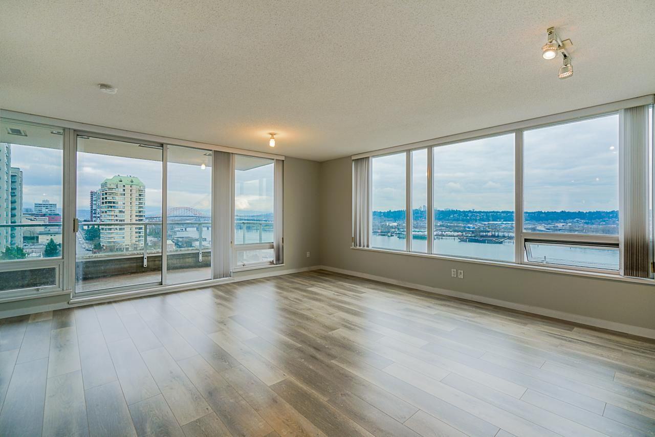 Main Photo: 1103 39 SIXTH STREET in New Westminster: Downtown NW Condo for sale : MLS®# R2436889