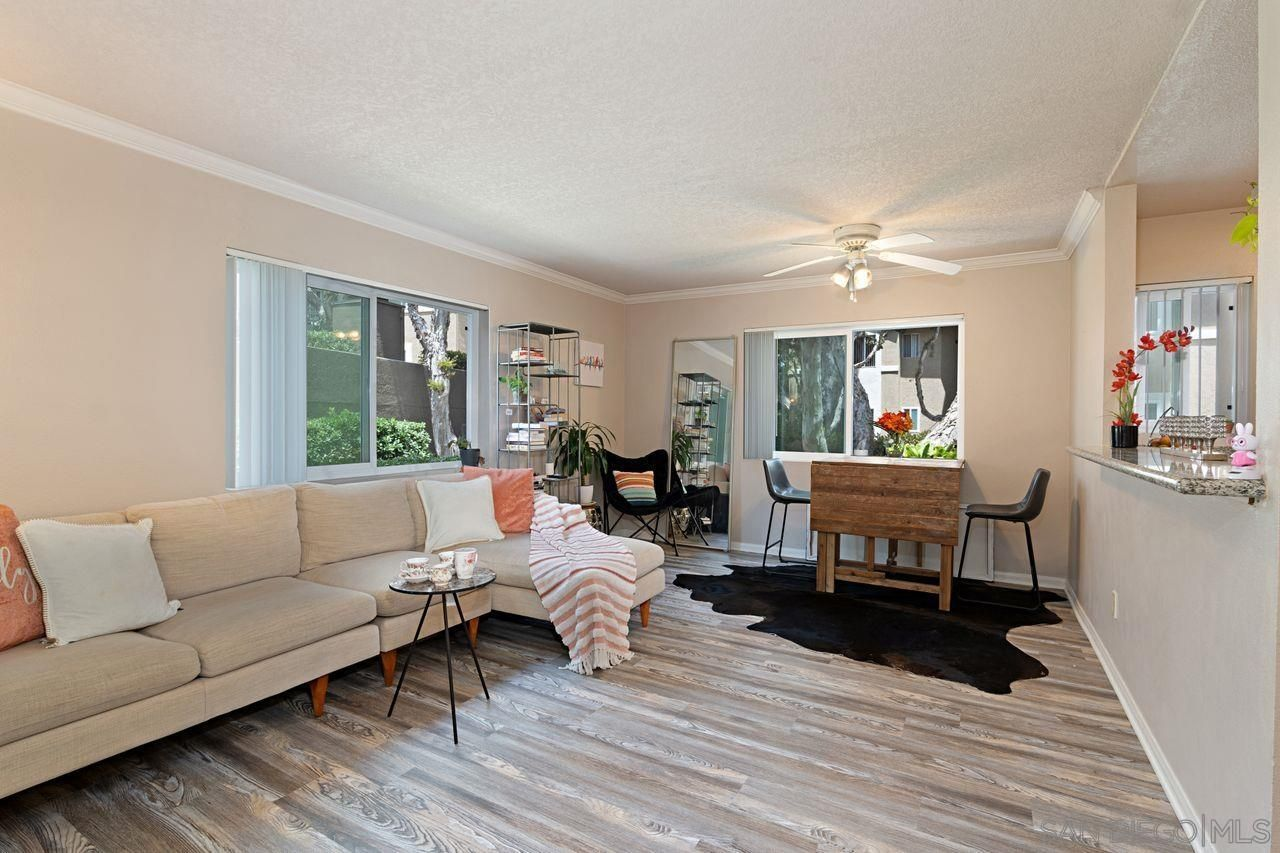 Main Photo: UNIVERSITY CITY Condo for sale : 1 bedrooms : 7595 Charmant Dr #703 in San Diego