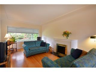 Photo 3: 905 LADNER Street in New Westminster: The Heights NW House for sale : MLS®# V909635