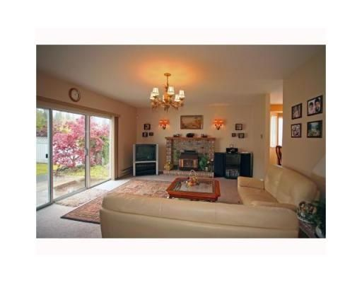 Photo 5: Photos: 2893 DELAHAYE DR in Coquitlam: House for sale : MLS®# V845087